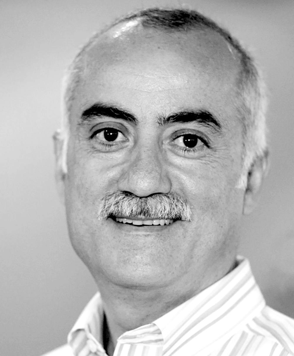 Headshot of Fouad Mustafa