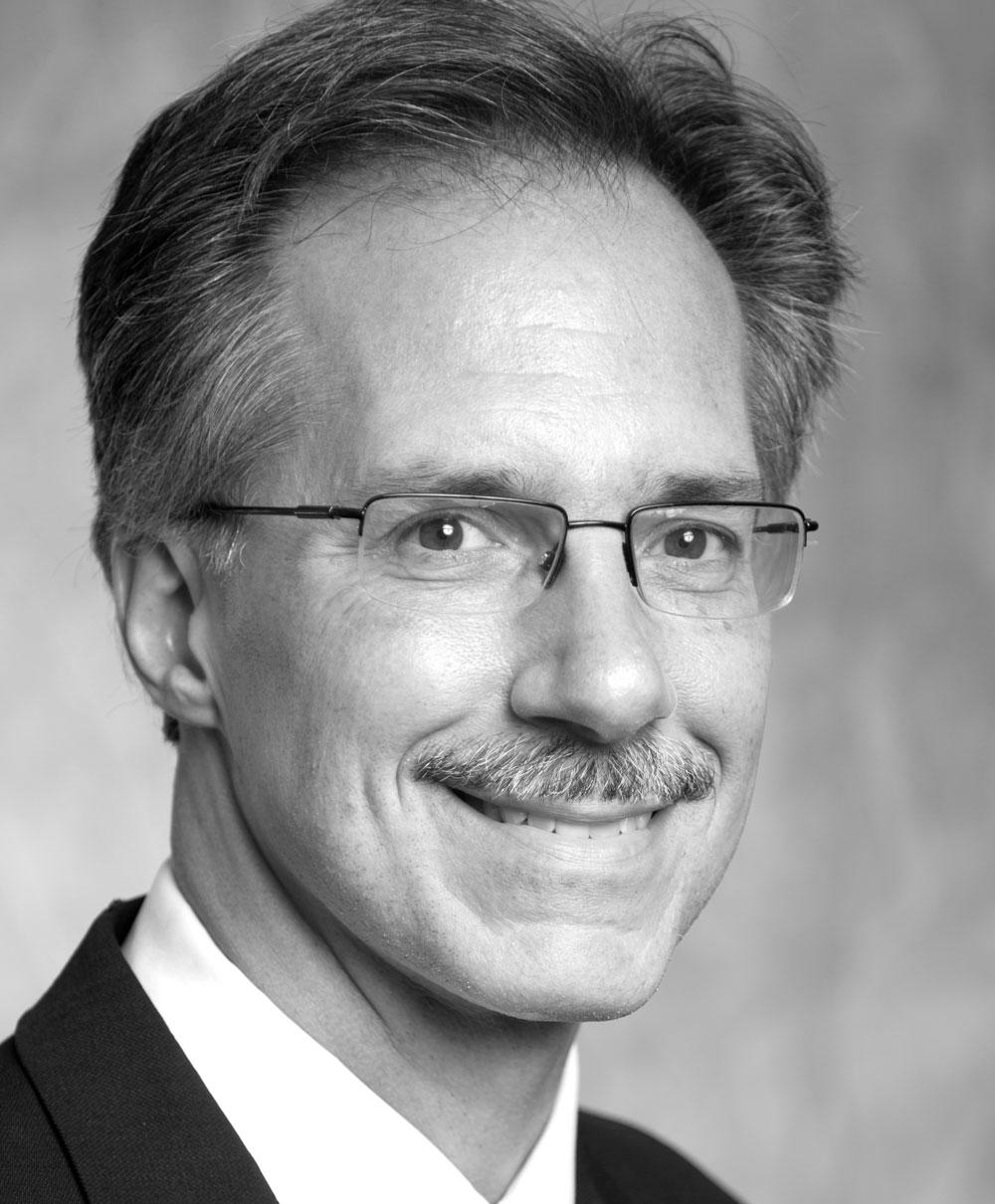 Headshot of Jim Fox