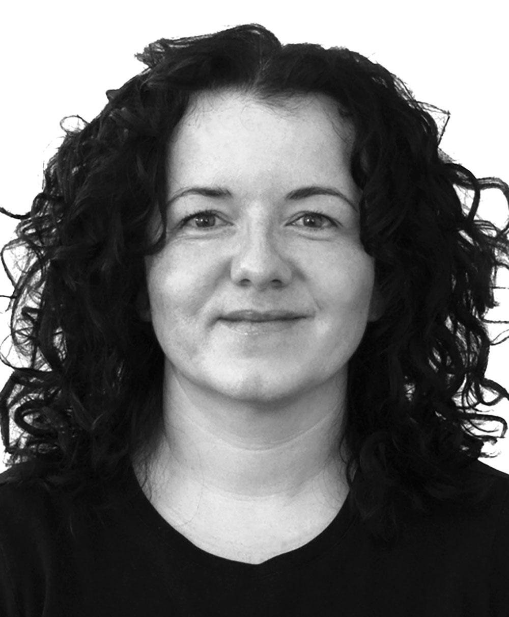 Headshot of Lisa D'Abbondanza