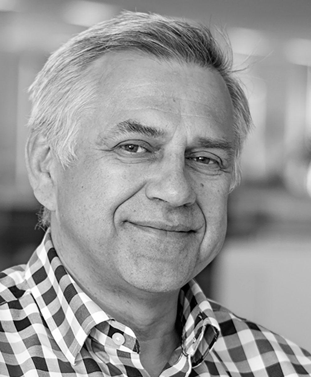 Headshot of Marek Otwinowski