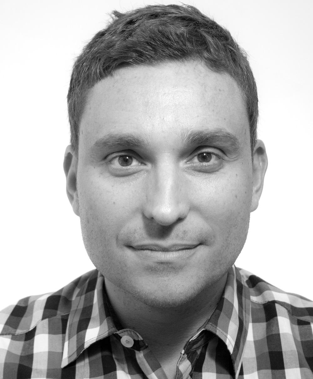 Headshot of Tom Tsaktsiris