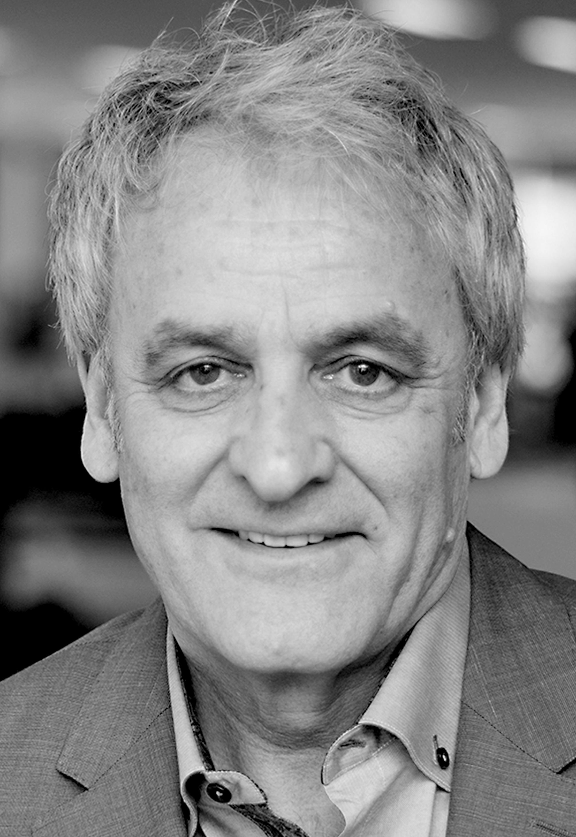 Headshot of Steve Shawcross