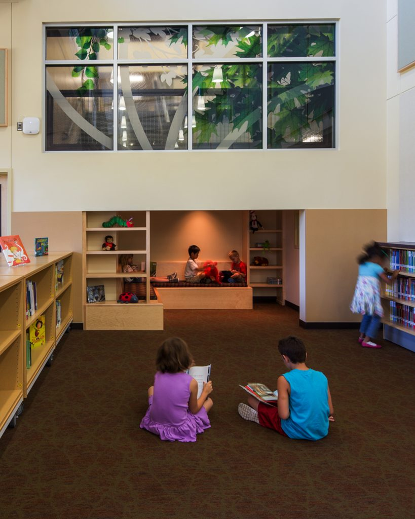Students inside library at Woodburn Elementary School